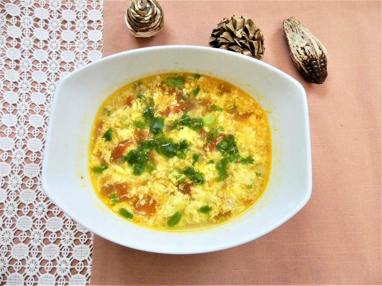 Chinese Tomato and Egg Drop Soup