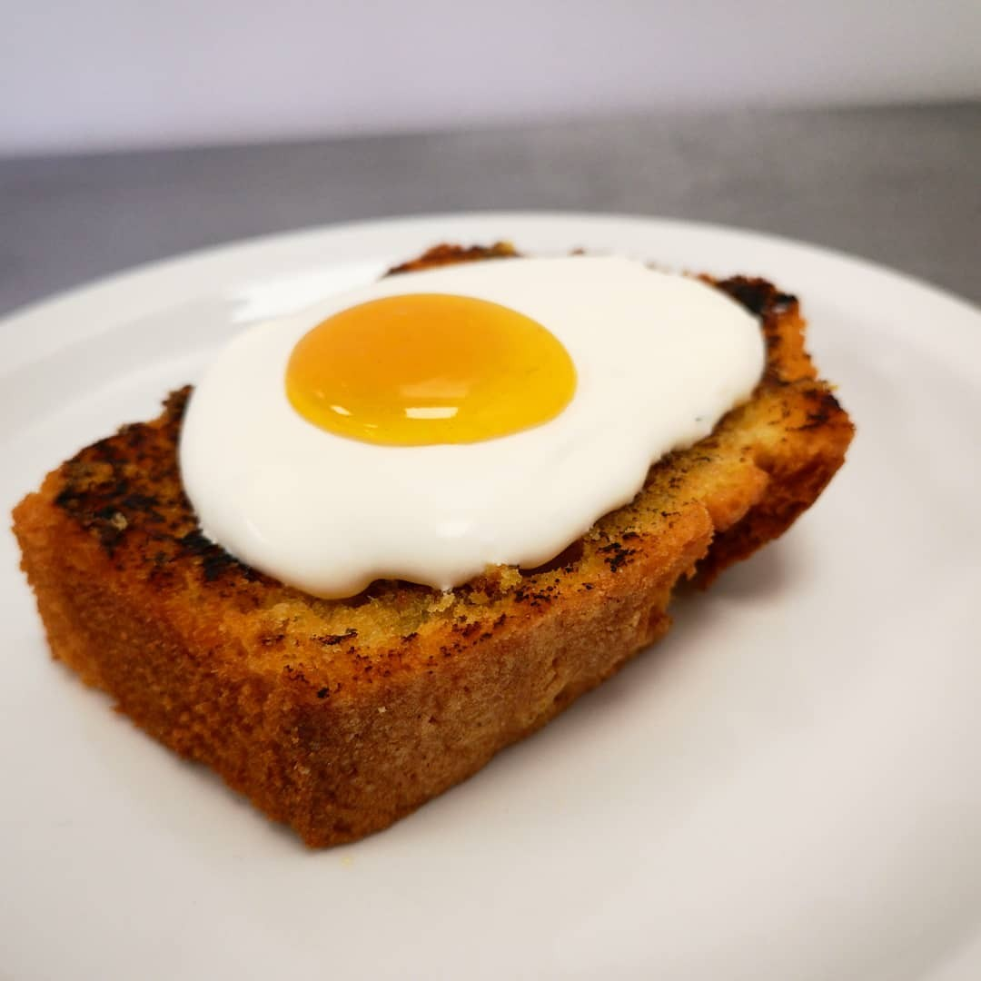 The egg on toast cake